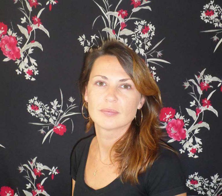 Rozenn, artisan tapissier Auray